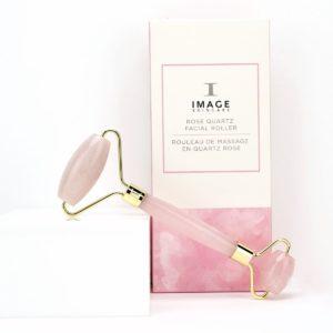 Масажен ролер от розов кварц - IMAGE Skincare