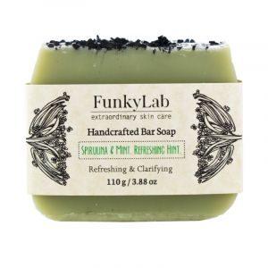 Ръчно изработен сапун със спирулина и ментово масло – Funky Lab
